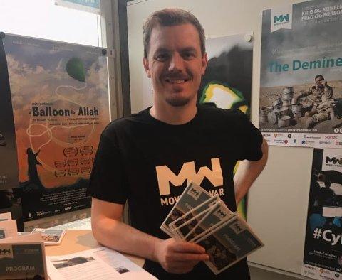 PUBLIKUMSOPPSLUTNING: Festivalsjef Øystein Egge i Movies on War er spent på hvor mange som besøker festivalen denne helgen.