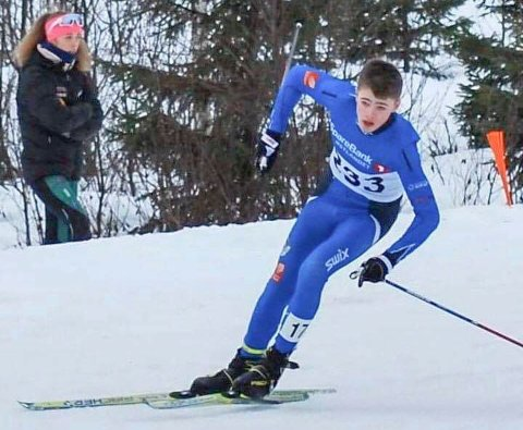 KVARTFINALE: Viljar Henriksbø Gjerstad gjorde en knallsprint og ble nummer 17 i Hovedlandsrennet på ski.