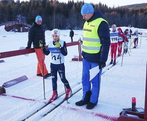 Klar for start: Henrik Førsund-Njøten klar for sin distanse under Botnerennet sist søndag. Rennet måtte flyttes fra Gullhaug til Svarstad, men 300 stilte likevel til start. Foto: Privat