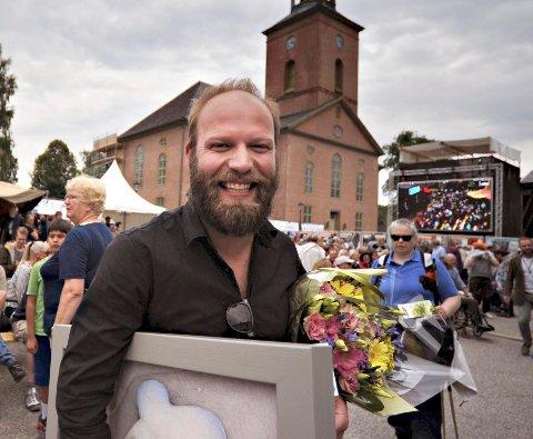 HEDRET: Mathias Eick med den store jazzprisen på Kirketorget. Nå er han klar for konsert på Mølla.