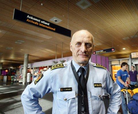 Tok tak i saken: Daværende seksjonsleder i Romerike politidistrikt, nå pensjonist Paal Sørhagen, har i lang tid vært kritisk til sikkerheten på Lillestrøm stasjon.