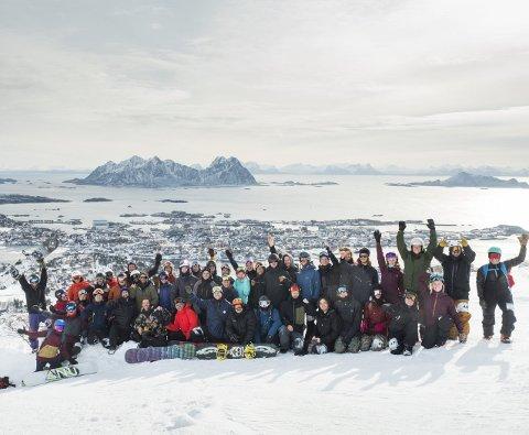 Kongstinden: Lokale kjørere og Norges beste konkurrerte i Kongstinden Alpinsenter. Foto: Snowboardforbundet