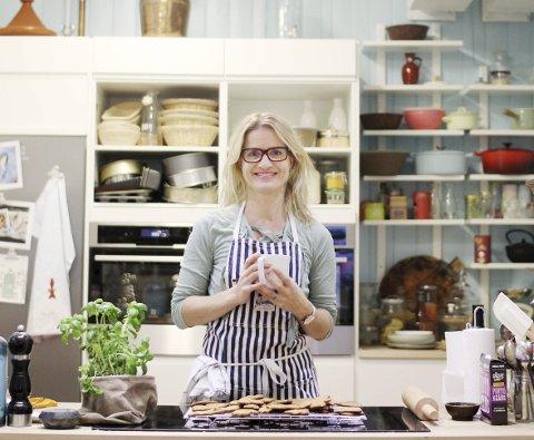 VIXEN PRIS: Marit Røttingsnes Westlie, også kjent som Fru Timian, er i semifinalen til Vixen Influencer Awards 2017. Her på sitt kjøkken i kontoret på Navet Næringshage. Foto: Marita Lundsrud Berg