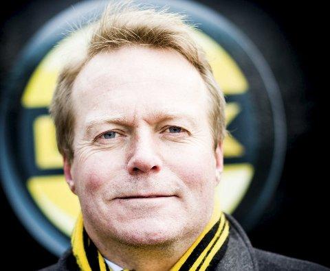 STYRELEDER: Morten Kokkim sendte tekstmelding til Romerikes Blad i kveld. Han vil ikke fortelle noe om hva som ble diskutert.