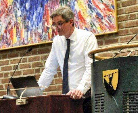 RÅDMANNSANSETTELSE: – Det har gått en lang periode uten permanent rådmann. Men da har vi fått en mulighet til å la folk i egen organisasjon få prøve seg, og kunne klatre oppover i systemet, sier ordfører Bjørn Ole Gleditsch.