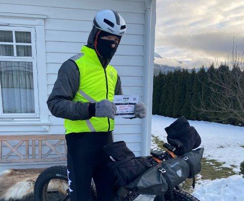 TØFT LØP: Jørgen Berg frå Solvorn har delteke i sykkelrittet «Fat Viking», der han sykla 150 kilometer.