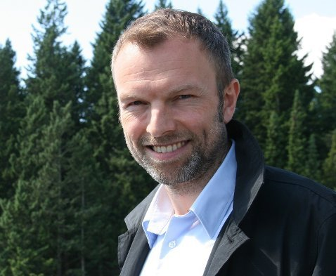 SMILER: Bård Kristiansen, administrerende direktør i Sportsbransjen AS.