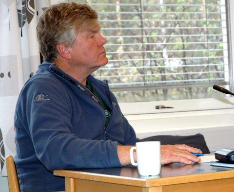 Spørjelyst om smittevernavdelinga: Leif Solemsli frå Bygdelista stilte fleire spørsmål til ordføraren i samband med den mykje omtale smittevernavdelinga ved Vangsheimen.