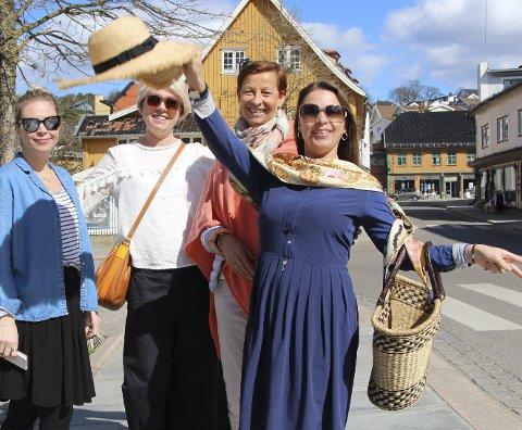 Nå er det vår: (Fra v.) Vibeke Zahl, Monica Schau Eriksen, Anne Berit Meholm og Christin Vinje er fire av aktørene på moteshowet neste uke. Foto: Mariann L. Dahle