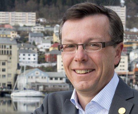 Navn: Dag Rune Olsen Stilling: Rektor ved Universitetet i Bergen