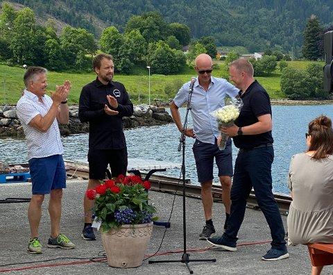 SATSING: John Olav Lefdal, Tore Lindbæk, Stig Bakke og Karl Vidar Førde på kaia i Davik laurdag.