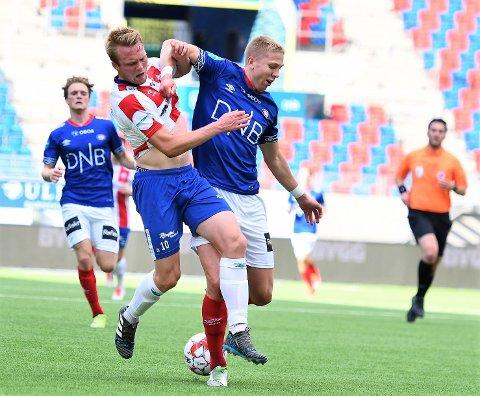 ETT POENG: Fabian Stensrud Ness reddet 1-1 og ett poeng for Kvik Halden mot VIF 2 på Intility Arena. I en fotballkamp haldenserne var langt under pari.