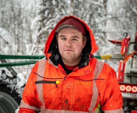 Petter Nyhagen jobber en uke av gangen, og skiller ikke mellom natt og dag mens han er på jobb.