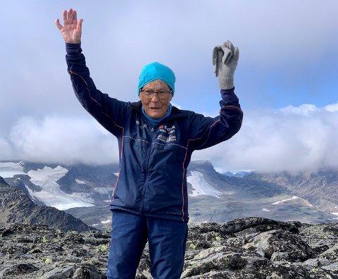 Ingrid Rusten var nyleg på toppen av Rasletind.