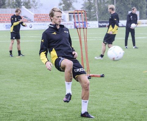 PÅ TRENING: Magnus Solum tar trolig Rocky Lekajs plass i startoppstillingen mot Åsane søndag.Foto: Frode Klevrud