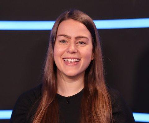 TRENGER FLERE JENTER: – Jeg håper flere jenter vil velge en utdanning innen teknologi i tida framover, sier Kaja Hannestad (27) fra Elverum.
