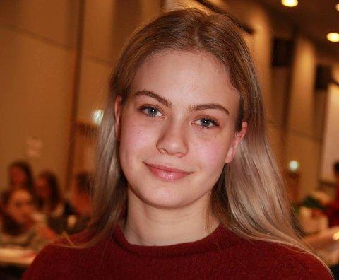 Rebekka Naomi Andersen (17) er den nye russepresidenten ved Hønefoss Vgs.