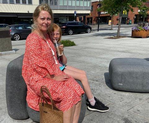 KOS:Tove Merethe Johansen og datter Pernille Jøransen Johansen (10) Har det like fint i Sandefjord som andre steder