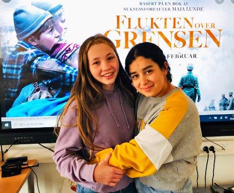 JURYMEDLEMMER: Ida Østgaard (t.v.) og Esrae Bouchnayaf fra Tomter har vært med på å kåre Europas beste barne- og ingdomsfilm.
