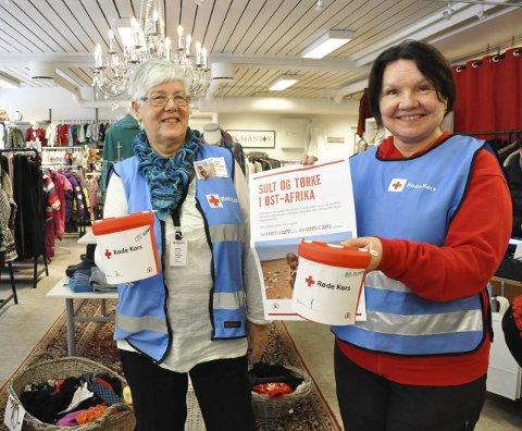 ER KLARE MED BØSSER: Aksjonsleder Gunbjørg Markseth og Røde Kors-leder Anita Hagen har mobilisert og har nå et korps av frivillige klare for å samle inn penger til de sultrammede i Øst-Afrika.