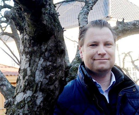 RASER: Foynhagen-sjef Jon Terje Johnsen er ikke imponert over fraværet av lettelser for utelivet.