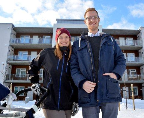 Åpne: Torleif Løvfald Gaard og kona Trude har bodd på Fagernes i tre år uten å bli kjent med folk på egen alder. De vil gjerne få nye venner på egen alder.