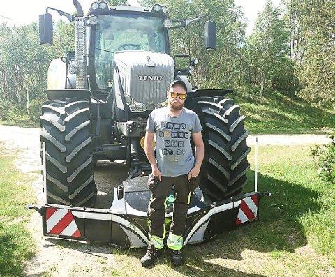 SETT MYE: I jobben som landbruksentreprenør i flere år har Jo Bjørnar Ryen sett mange stygge forbikjøringer. Foto: Privat