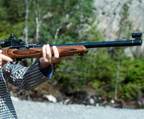 Våpeneiere må nå sikte seg inn mot den nye våpenforskriften.