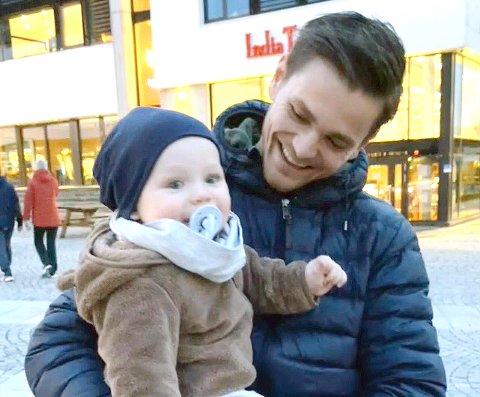 Robert  Undheim ble far til Oliver i mai 2020, og setter famiien sin høyt.