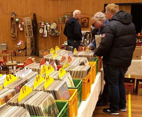 Vinyl er retro-platene som er tilbake for fullt. Under antikkmessa kan du gjøre kupp.