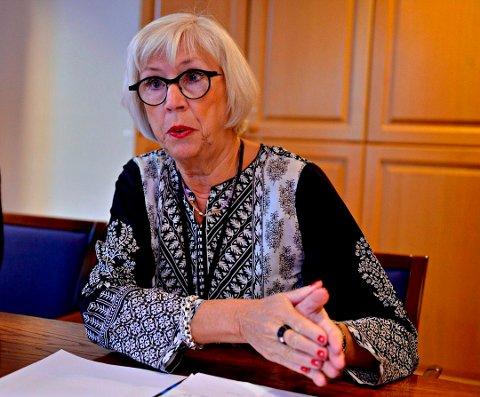 Alfhild Skaardal har nesten ingen forventninger til sommeren 2020, grunnet korona-situasjonen. Direktøren ved Norsk Bergverksmuseum håper regjeringens krisepakke vil demme opp for mange av millionene som forsvinner.