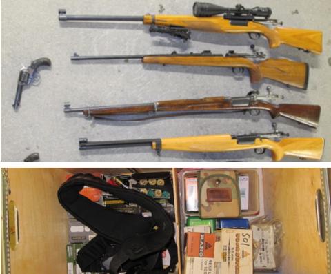 BESLAG: Disse fire riflene og pistolene er blant våpnene de fant. Under sees innholdet i ammunisjonskassen (til venstre ligger ammunisjon til hagle, og til høyre ligger ammunisjon til rifle).