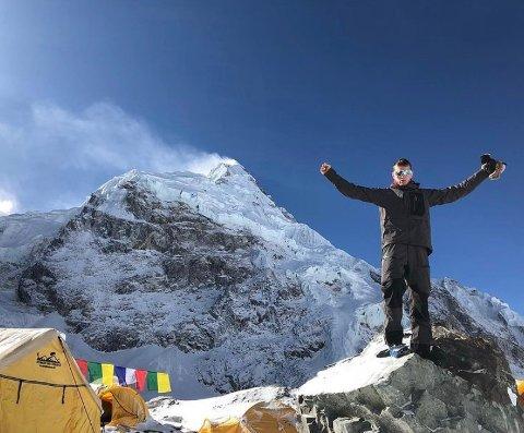 TOPPTUR: 16. april setter Frank Løke kursen mot Nepal. For tredje gang skal han på topptur i Himalaya. Denne gang er målet Mount Everest.