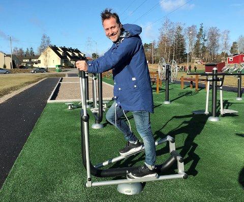 STOR KUNDELISTE: Patrick Dorp leverer utstyr til blant annet kommuner, skoler, nærmiljøer, idrettslag og borettslag.