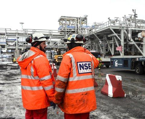 Stor oppgave: Kværner engasjerer flere hundre i arbeidet på Nyhamna.