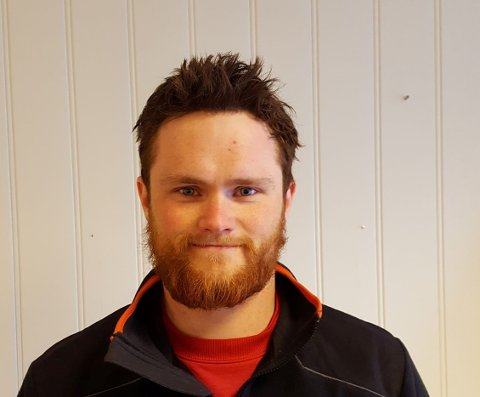 TOGPARKERING: Vegard Tveit, leder i Barkåker Velforening, støtter Bane NOR sin anbefaling.