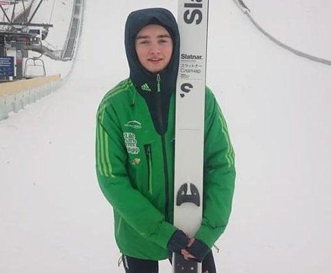 Samler inn: Flere valdriser har gått sammen og startet egen fanclub for skihopper Eirik Leander Fystro.