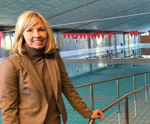 Direktør Astrid Nyquist ved Beitostølen helsesportsenter stengte svømmebassenget for offentlig bading allerede 4. mars. Foto: Geir Helge Skattebo (arkiv)