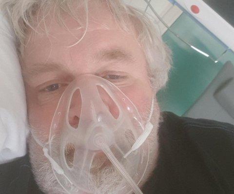 KORONA-SMITTET:  Hallvard Mjøen ble lagt i isolat med lungebetennelse på St. Olavs Hospital i Trondheim  og måtte få pustehjelp.