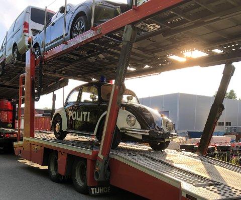 Pelle politibil ble denne uken kjørt nedover til Tynset for å bli frisk igjen.