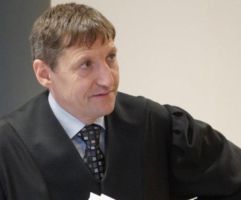 STATSADVOKAT: Thor Erik Høiskar sier at påtalemyndigheten også i fremtiden vil reagere om det fremkommer påstander om sjikanering.