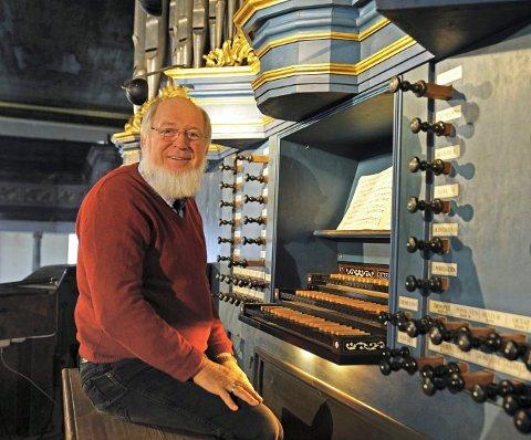 LOKAL MANN: Sigurd Hukkelberg er både komponist og organist. Fredag 24. januar skal han urframføre et eget verk på Glogerorgelet.