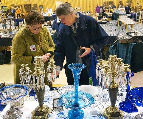 Tordis og Halvor Kaasin fra Telemark kommer, som vanlig, med massevis av flotte objekter for salg.