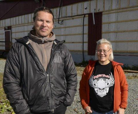 SAVN: Grete Tuven sammen med Nils Wikberg på ICA i Hemavan savner handleglade nordmenn og sier grenseåpning skal feires.