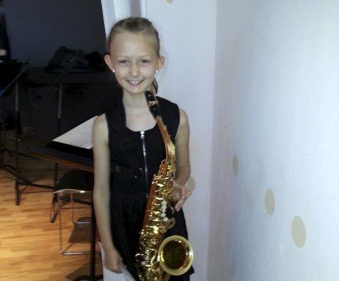 KVALIFISERT: Luna Isabel Hansen Lopez deltar på ungdommens musikkmesterskap. FOTO: PRIVAT.