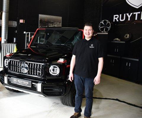 FORAN MILLIONBIL: Ruyter tilbringer største delen av døgnet på å gjøre det han elsker aller mest.