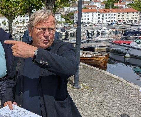 Arkitekt Einar Myraker vurderer rettsalige skritt  da han hevder konsulentfirmaet Rambøll har benyttet deler av hans mulighetsstudie i sitt forprosjekt.