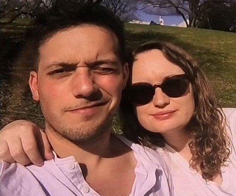 KJÆRESTER: Charlotte Spilde fant selv kjærligheten på Tinder - og han var den aller første hun gikk på date med. Foto: Privat