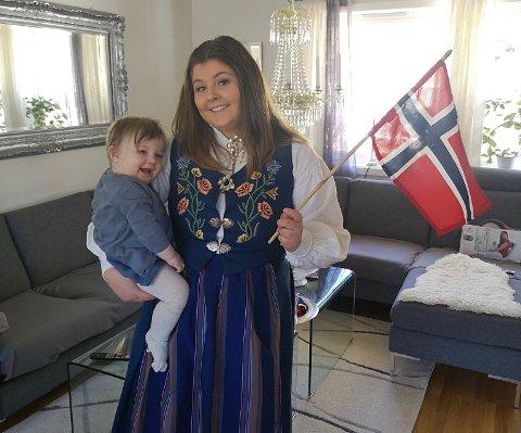 Veldig engasjert: Tora Lovise Wårheim Johansen (22) ser fram  til en hektisk livsstil og hverdag, og snart skal Olivia (1) få seg en lillesøster som skal skli rett inn i den kommende tilværelsen som 22-åringen går inn i med friskt mot.