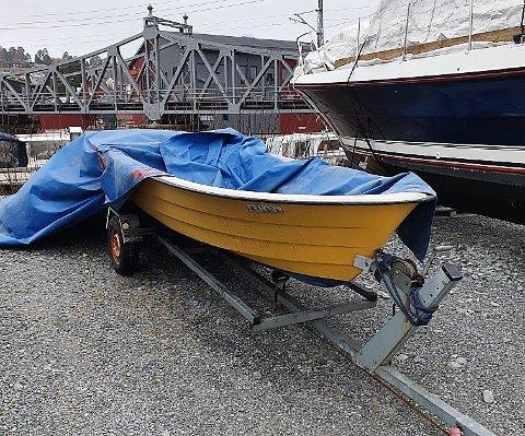FANT BÅTEN: Her på Mølen ble den stjålne båten funnet igjen. Den ble stjålet i Tistedal forrige helg.